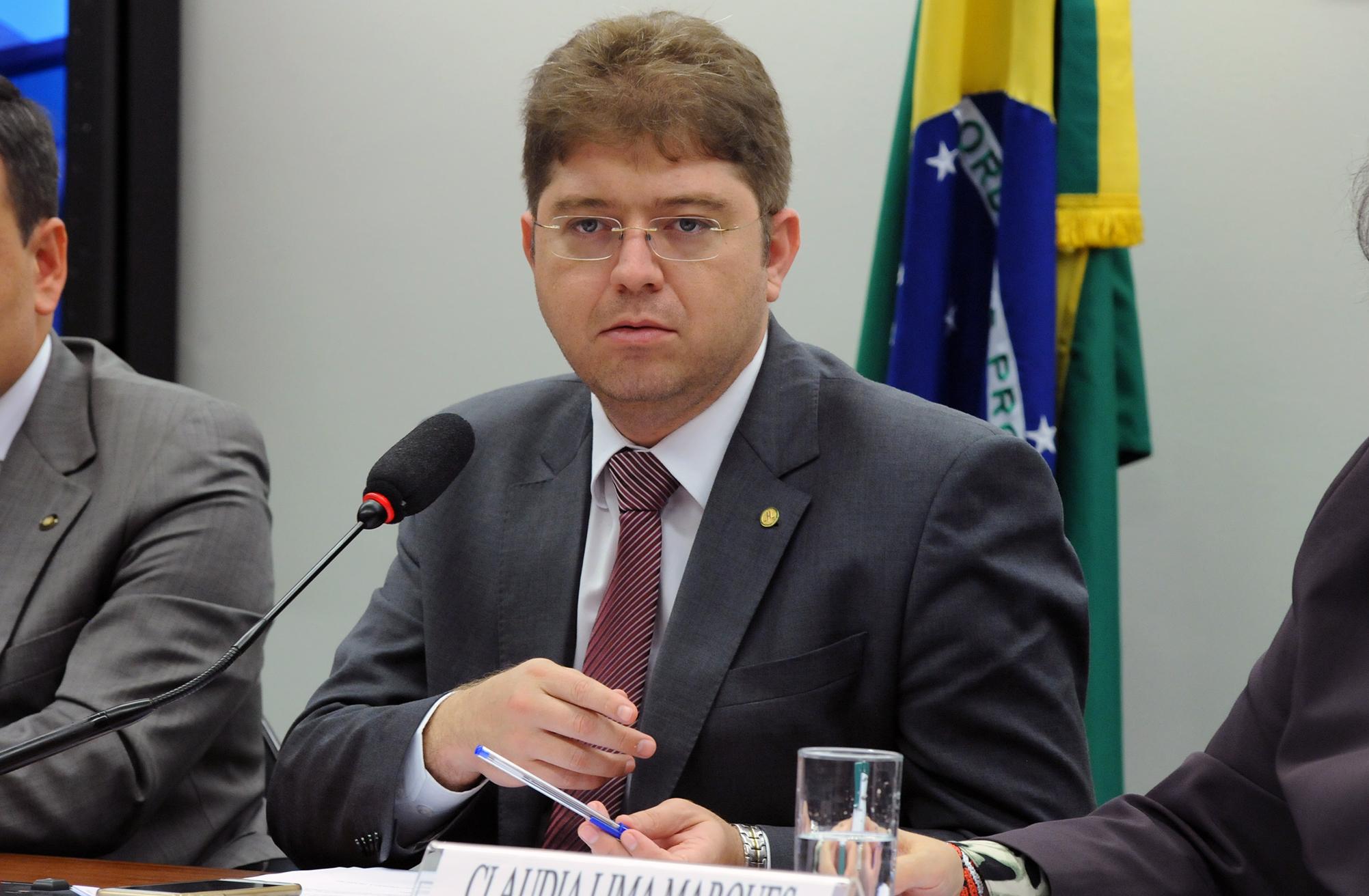 Audiência pública sobre a publicidade direcionada à criança no âmbito do PL 3515/15, que dispõe sobre a prevenção e o tratamento do superendividamento. Dep. Rodrigo Martins (PSB - PI)