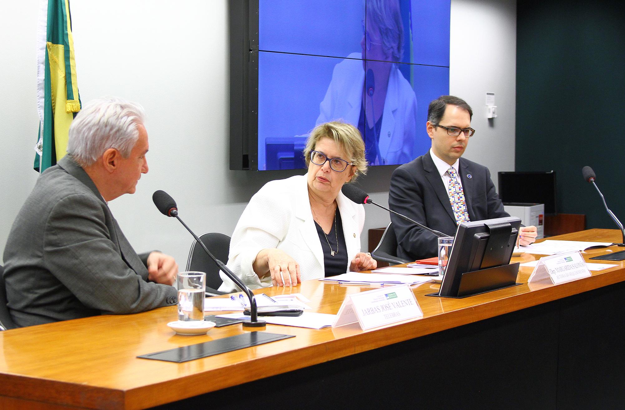 Audiência pública sobre os projetos e diretrizes da Telecomunicações Brasileiras S. A