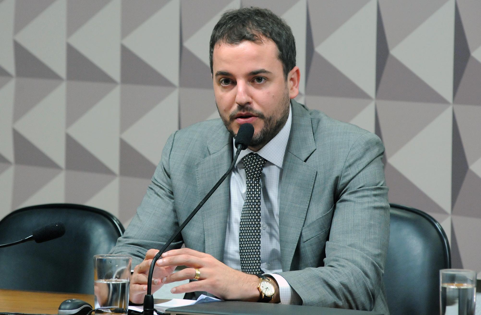 Comissão Mista sobre a MP 773/17. Dep. Gabriel Guimarães (PT - MG)