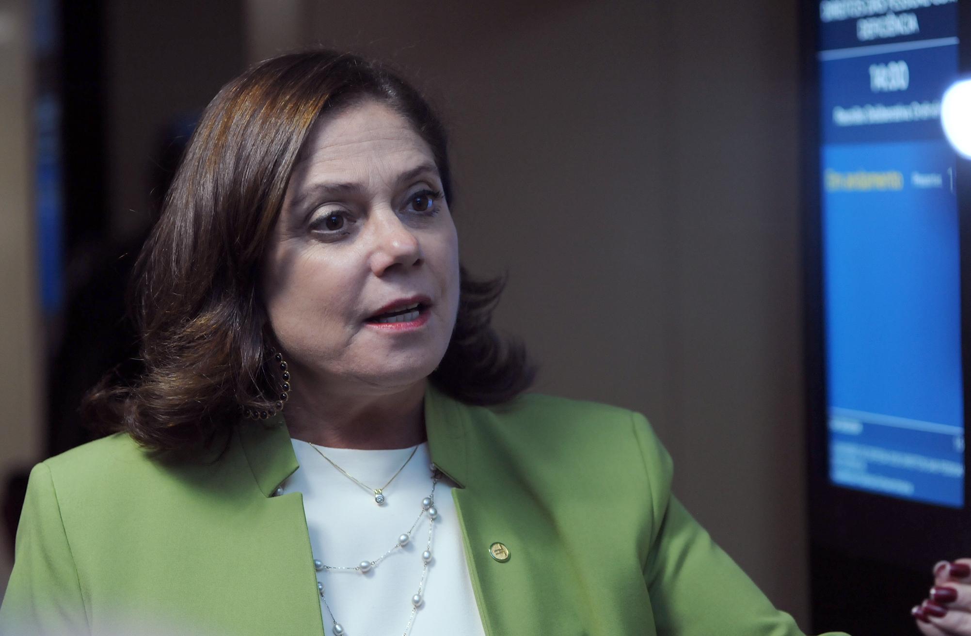 Dep. Soraya Santos (PMDB - RJ) concede entrevista
