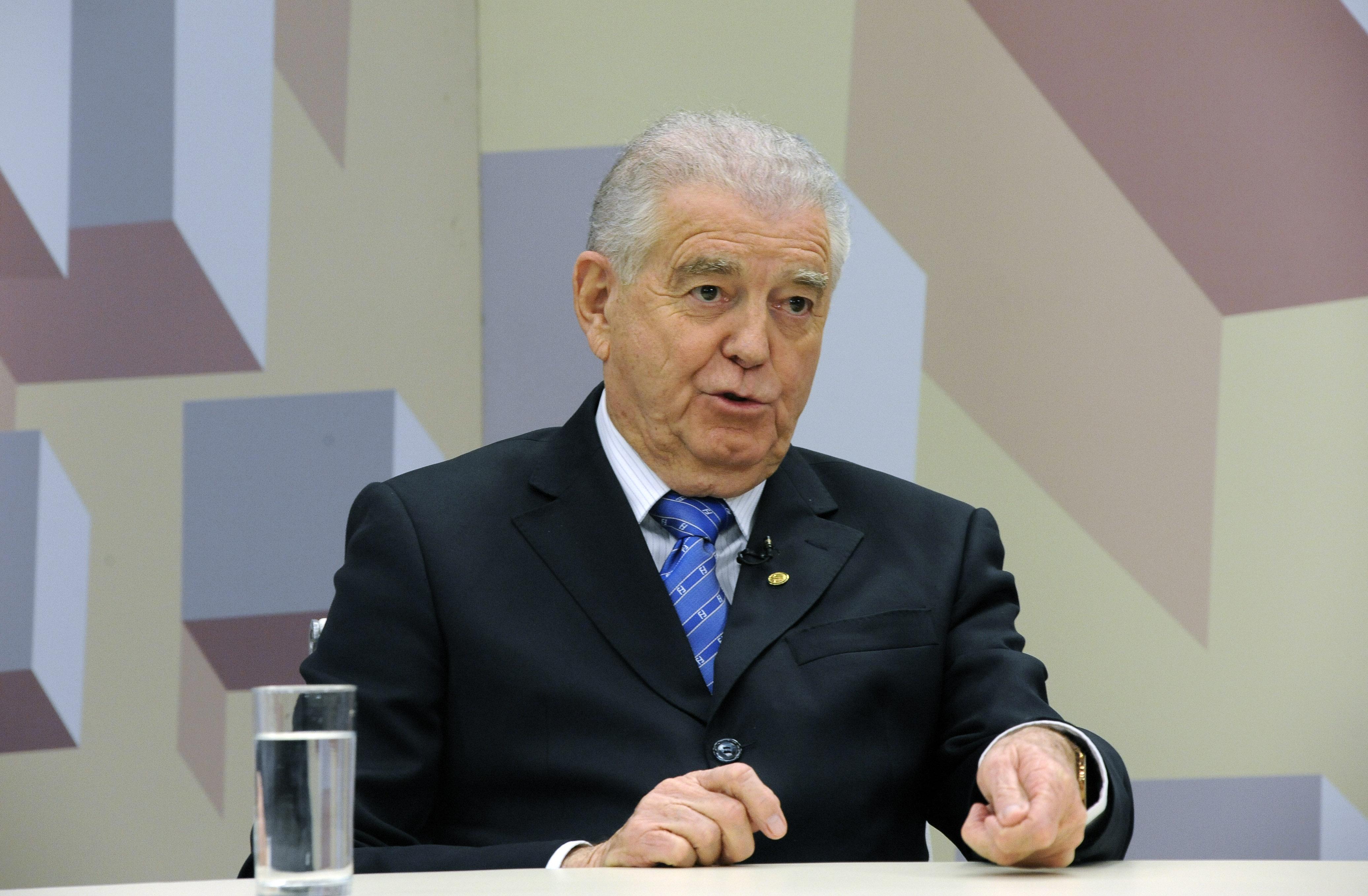 O Expressão Nacional debate sobre Acidentes de trabalho. Convidado deputado Nelson Marquezelli (PTB-SP)
