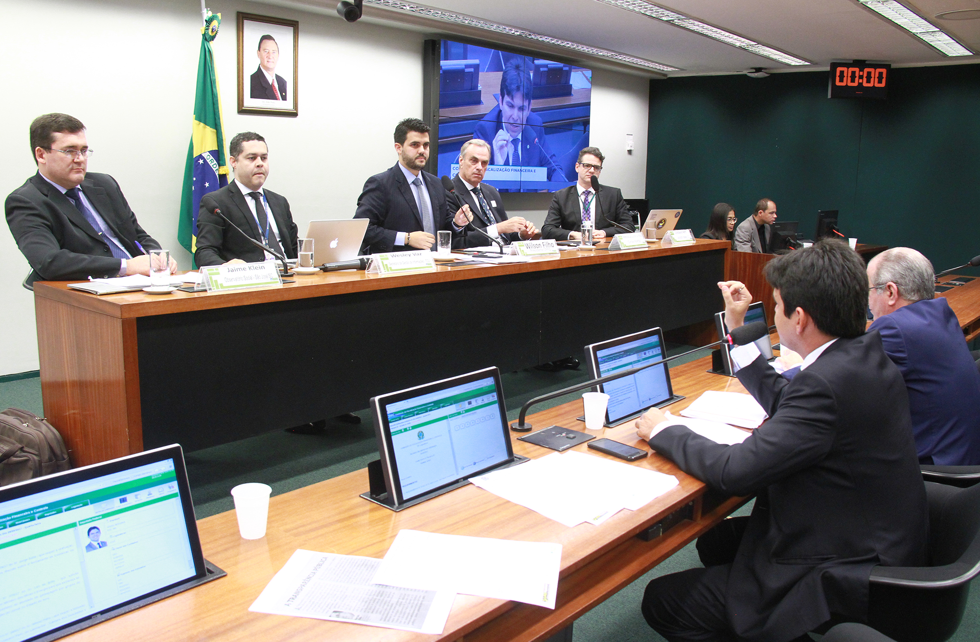 Audiência pública sobre as possibilidades de controle das contas públicas usando dados abertos