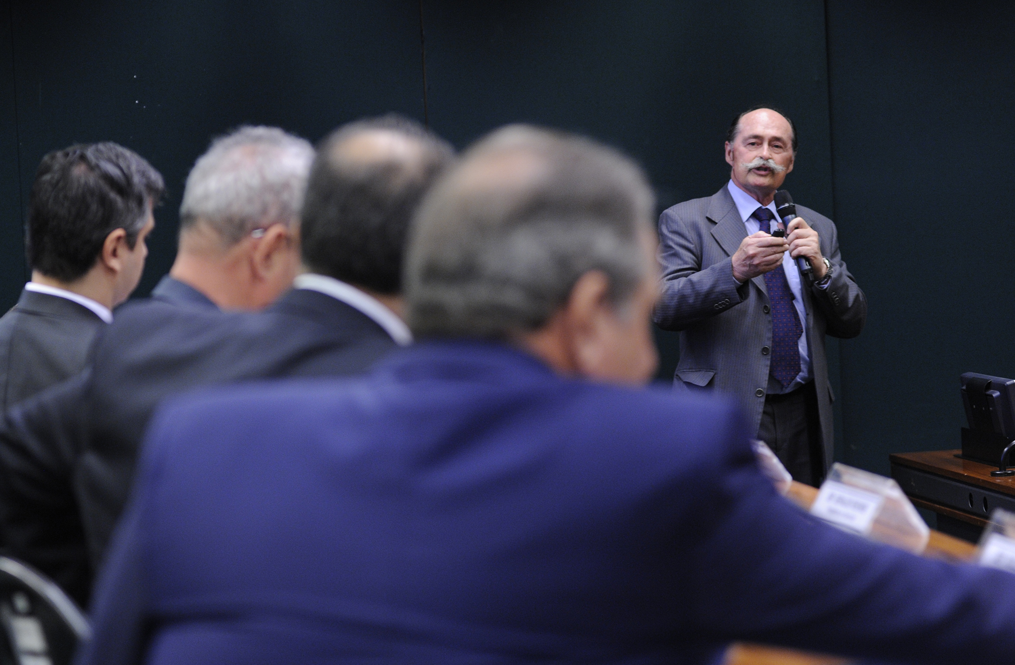 Audiência pública sobre a Lei nº 9656/98, que dispõe sobre os planos e seguros privados de assistência à saúde. Representante do Conselho Federal de Medicina (CFM), Salomão Rodrigues Filho