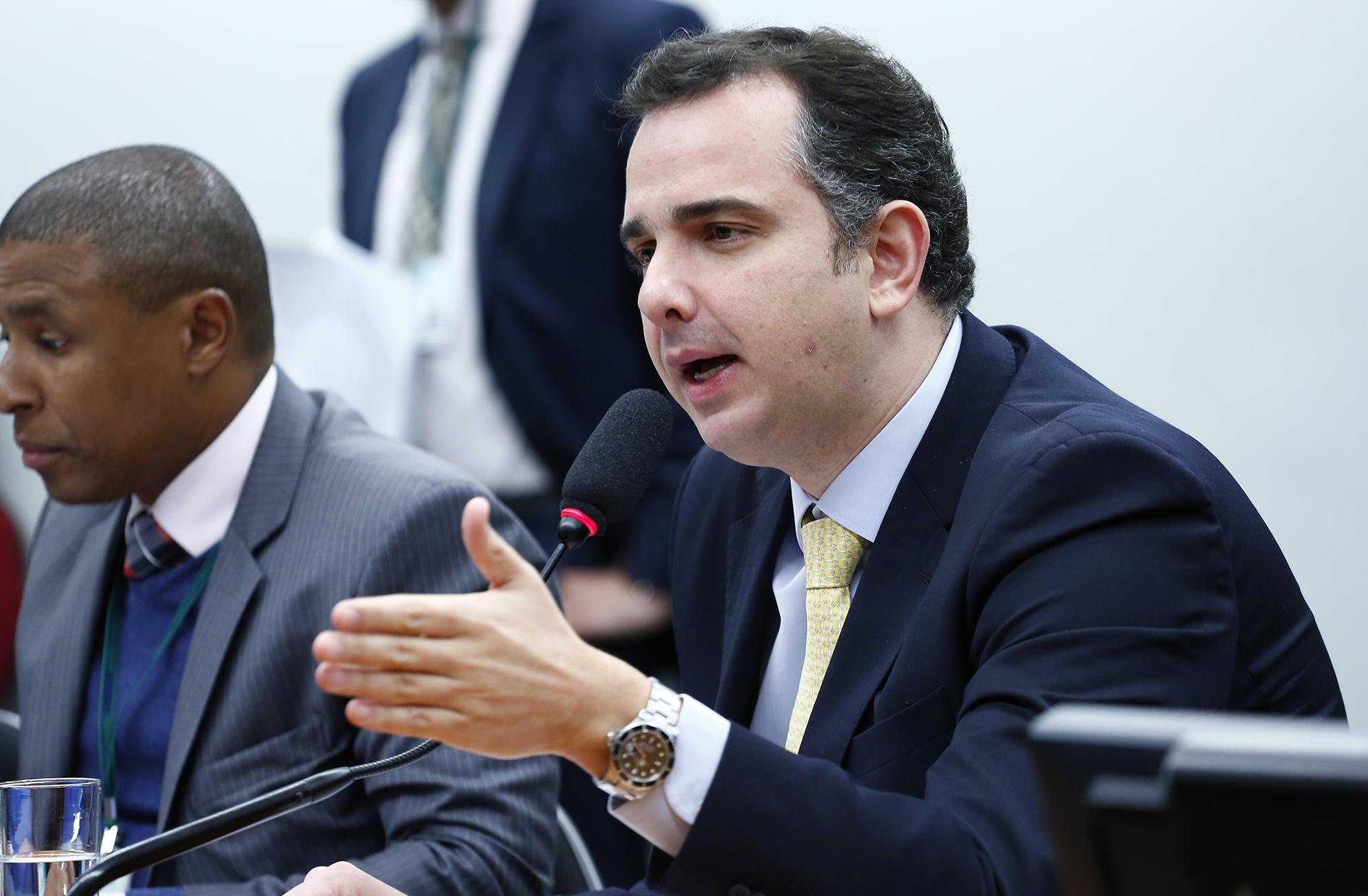 Reunião Ordinária. Presidente da CCJC, dep. Rodrigo Pacheco (PMDB-MG)