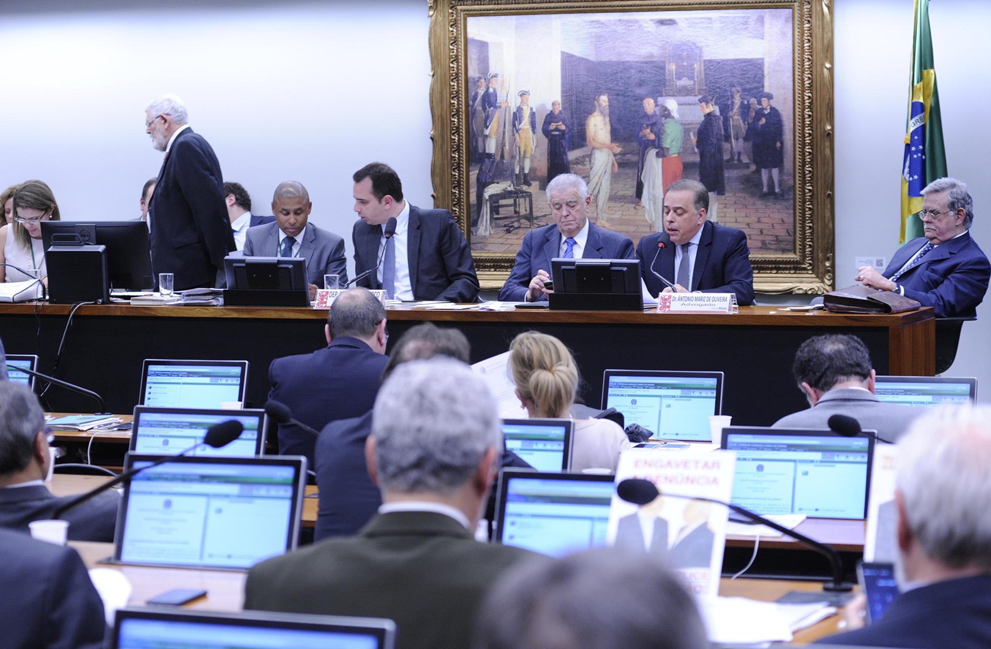 Reunião para discussão do parecer do relator da denúncia contra o presidente da República, Michel Temer