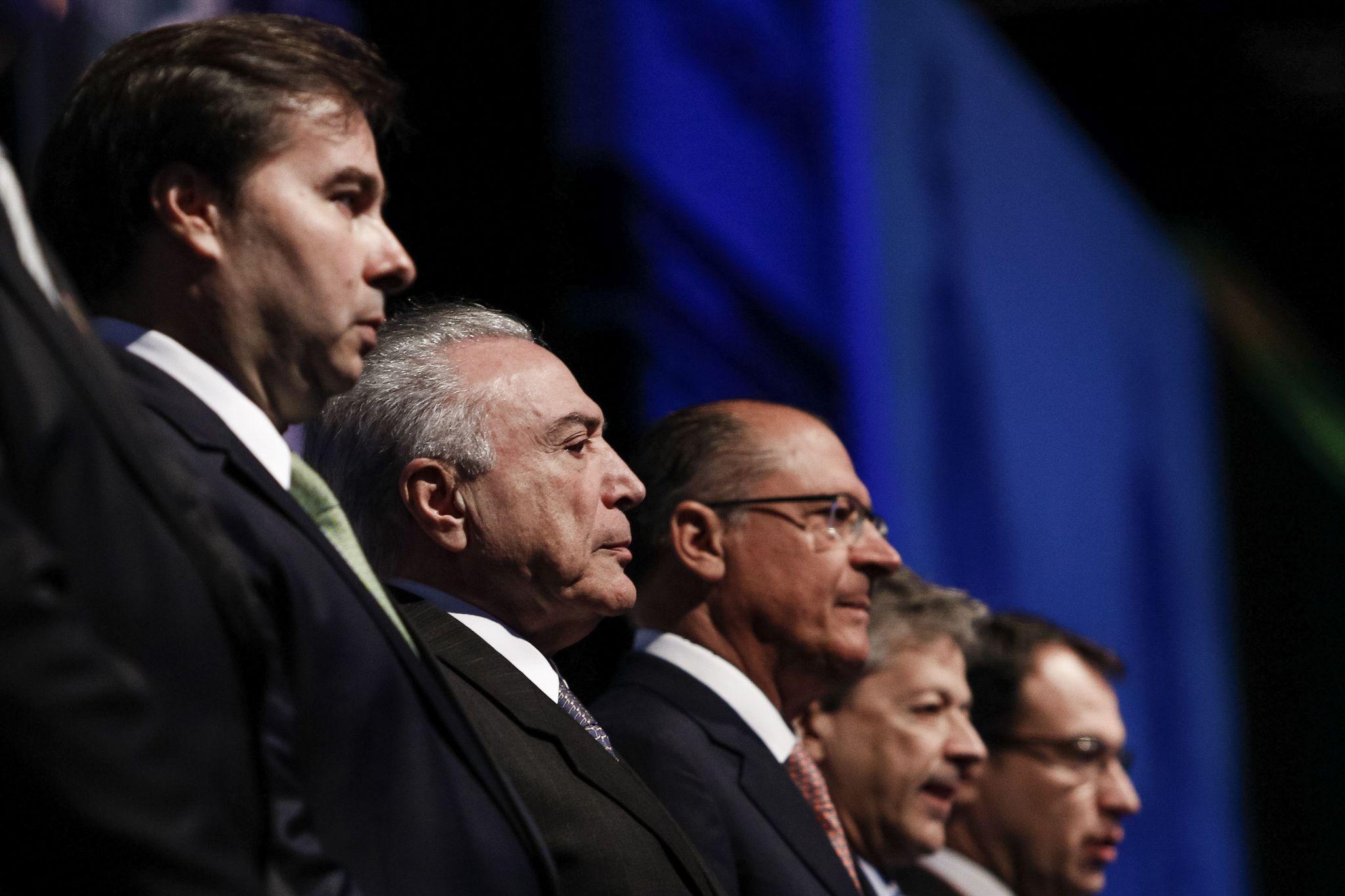 Rodrigo Maia, Michel Temer e Geraldo Alckmin em evento da Fenabrave