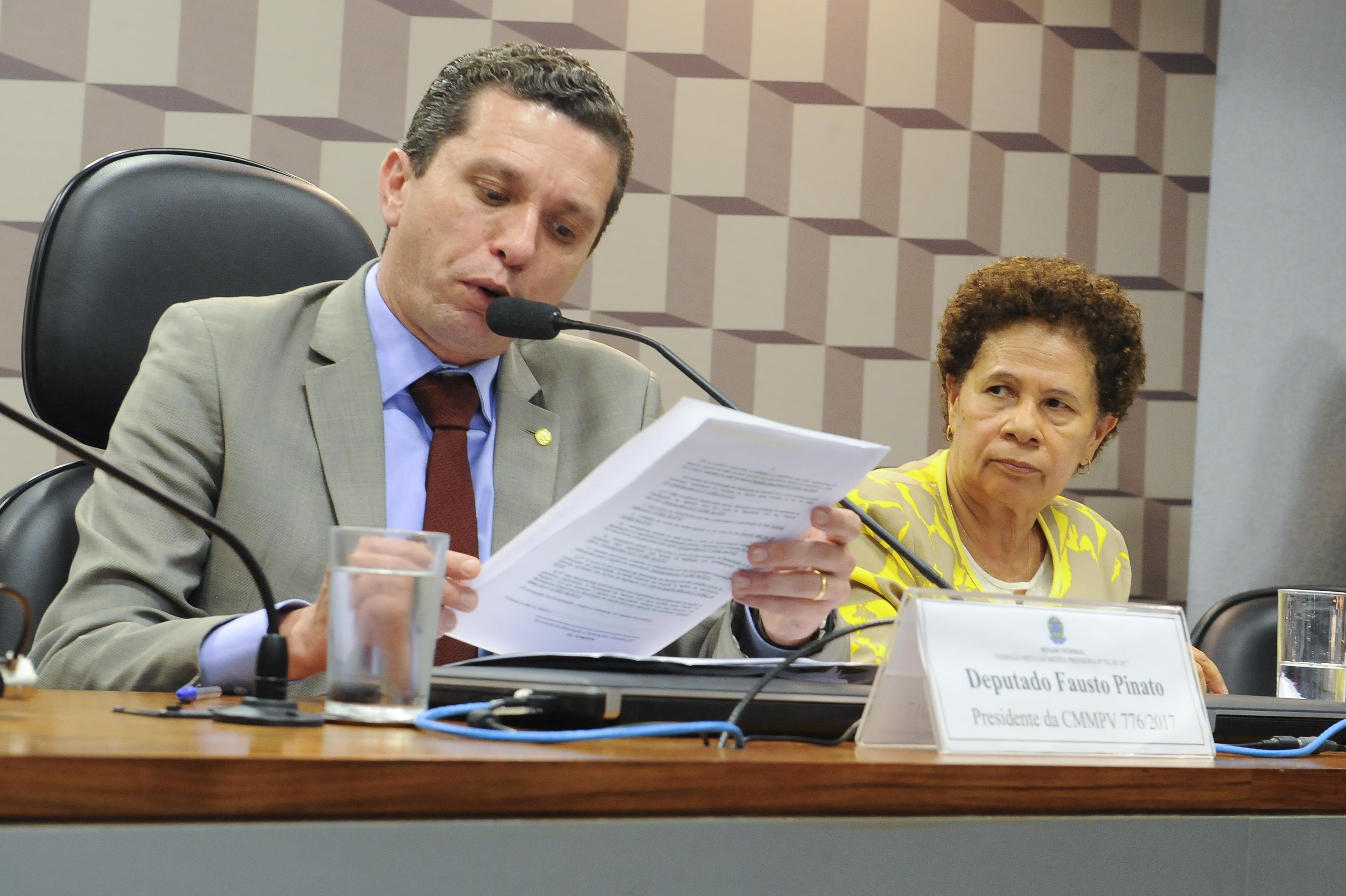 Presidente da comissão mista sobre a MP 776/17, deputado Fausto Pinato; e relatora da MP 776, senadora Regina Sousa
