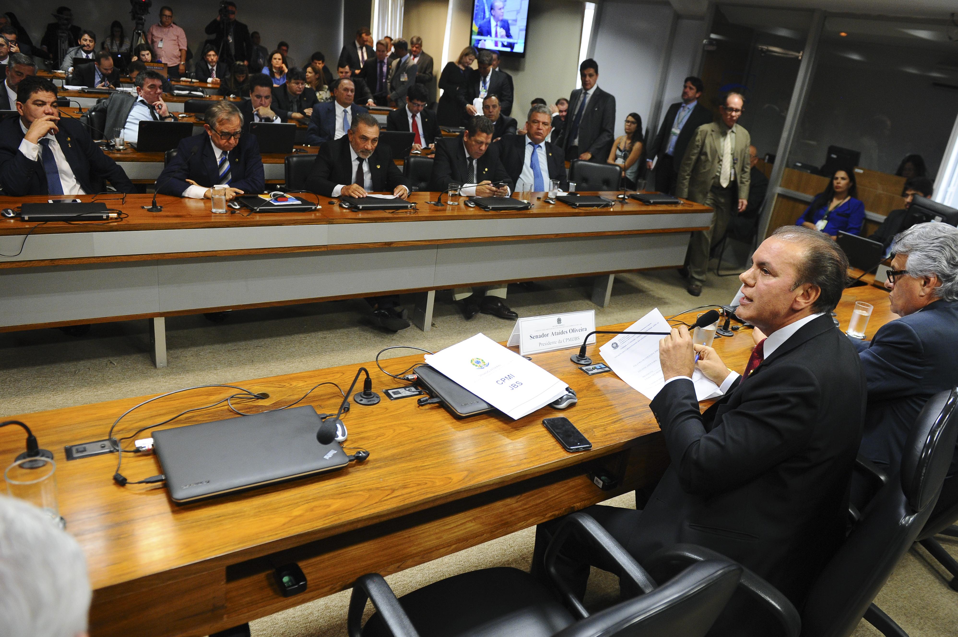 Resultado de imagem para Comissão Parlamentar Mista de Inquérito (CPMI)