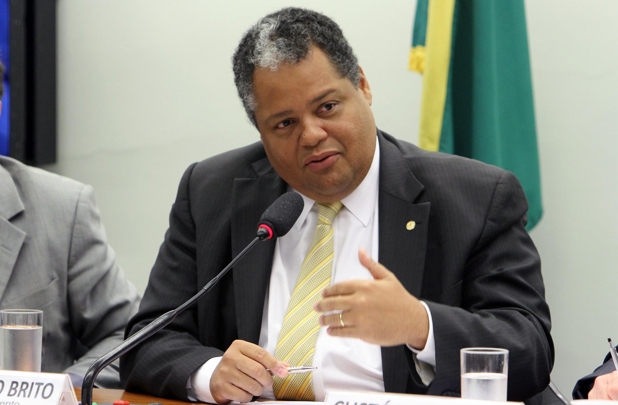 Audiência pública sobre a instituição do Dia Nacional da Filantropia. Dep. Antonio Brito (PSD - BA)