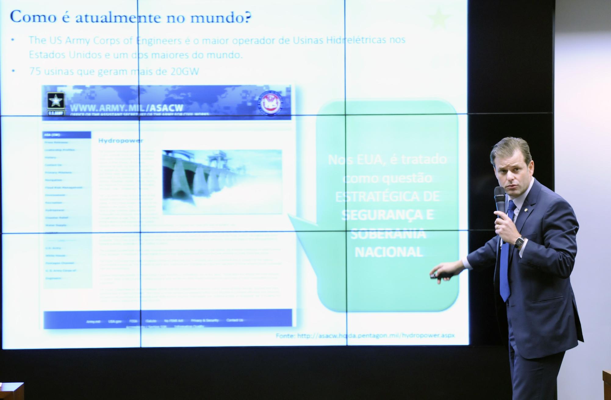 Audiência pública para esclarecimentos acerca da privatização da Eletrobrás e da extinção da Reserva Nacional do Cobre e seus Asssociados - Renca. Dep. Leonardo Quintão (PMDB/MG)