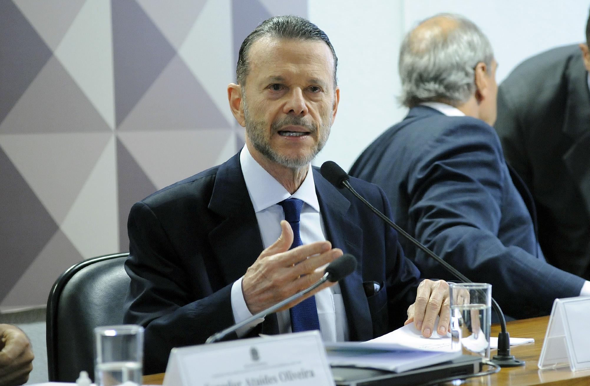 Ex-presidente do BNDES diz que banco teve lucro com as operações de financiamento à JBS