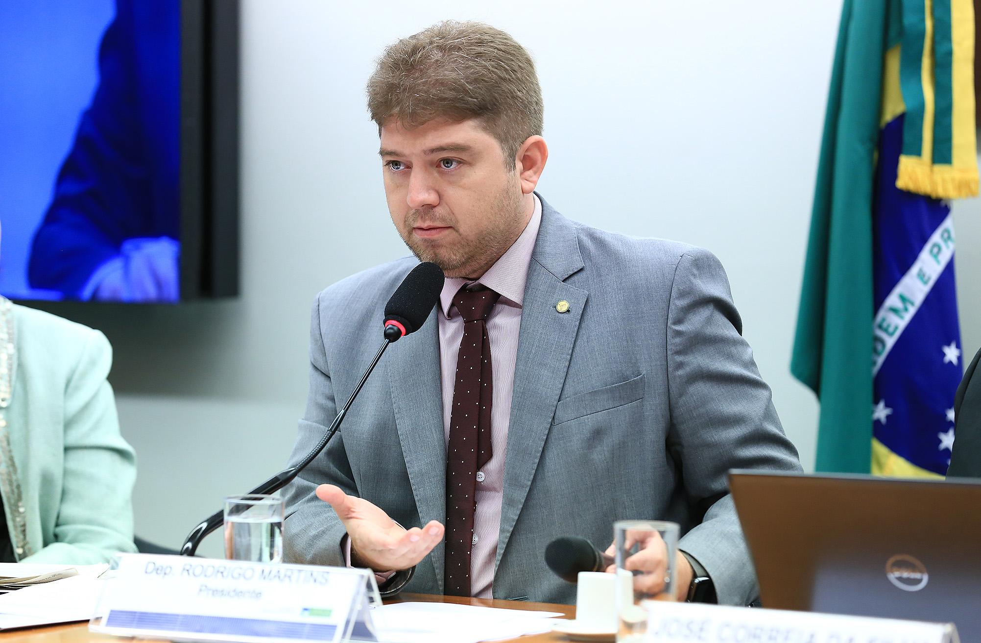 Audiência Pública sobre entraves para a regulamentação da produção, comercialização e consumo dos anorexígenos autorizados pela Lei nº 13.454/2017. Dep. Rodrigo Martins(PSB - PI)