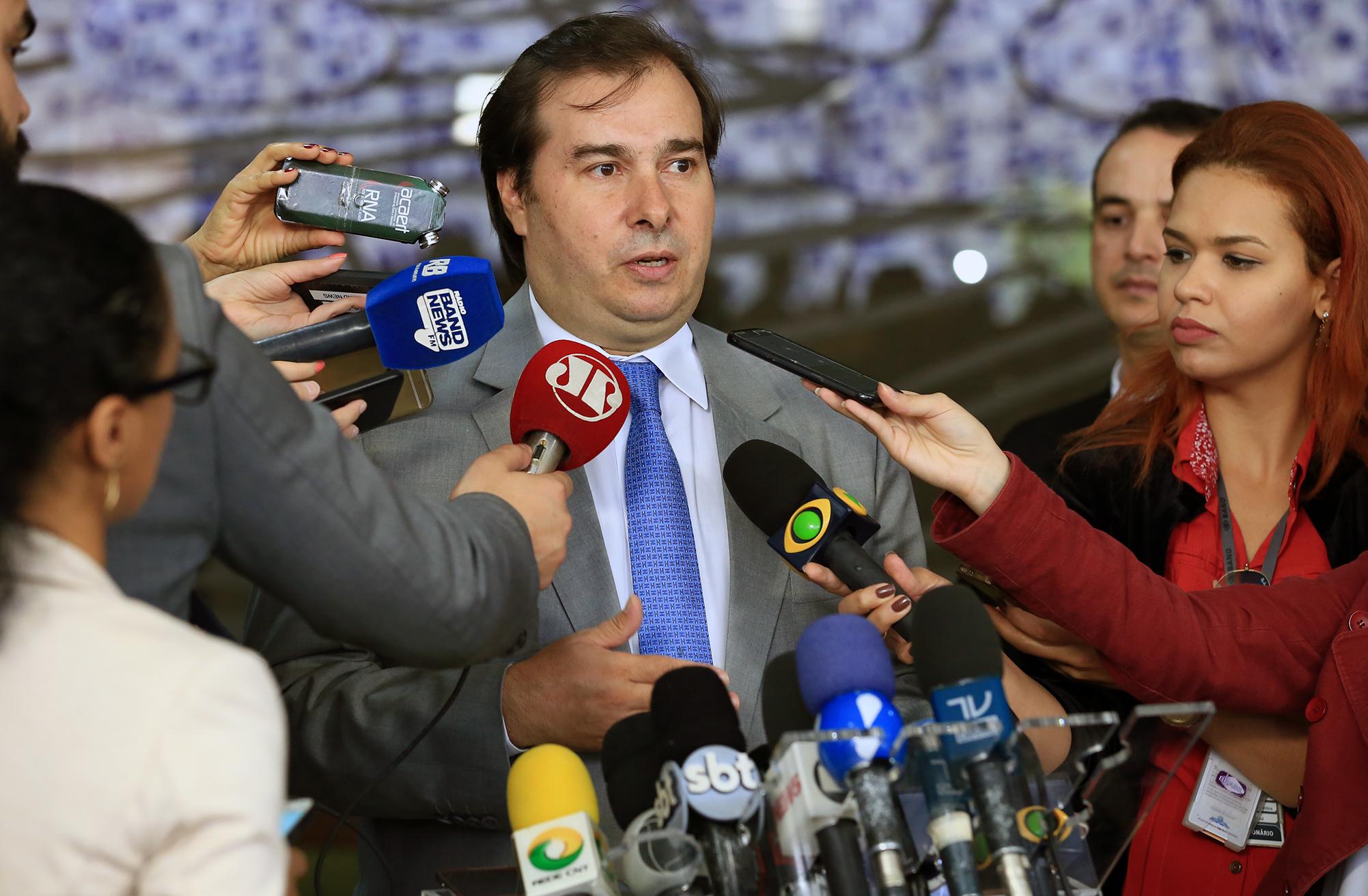 Presidente da câmara dep. Rodrigo Maia concede entrevista