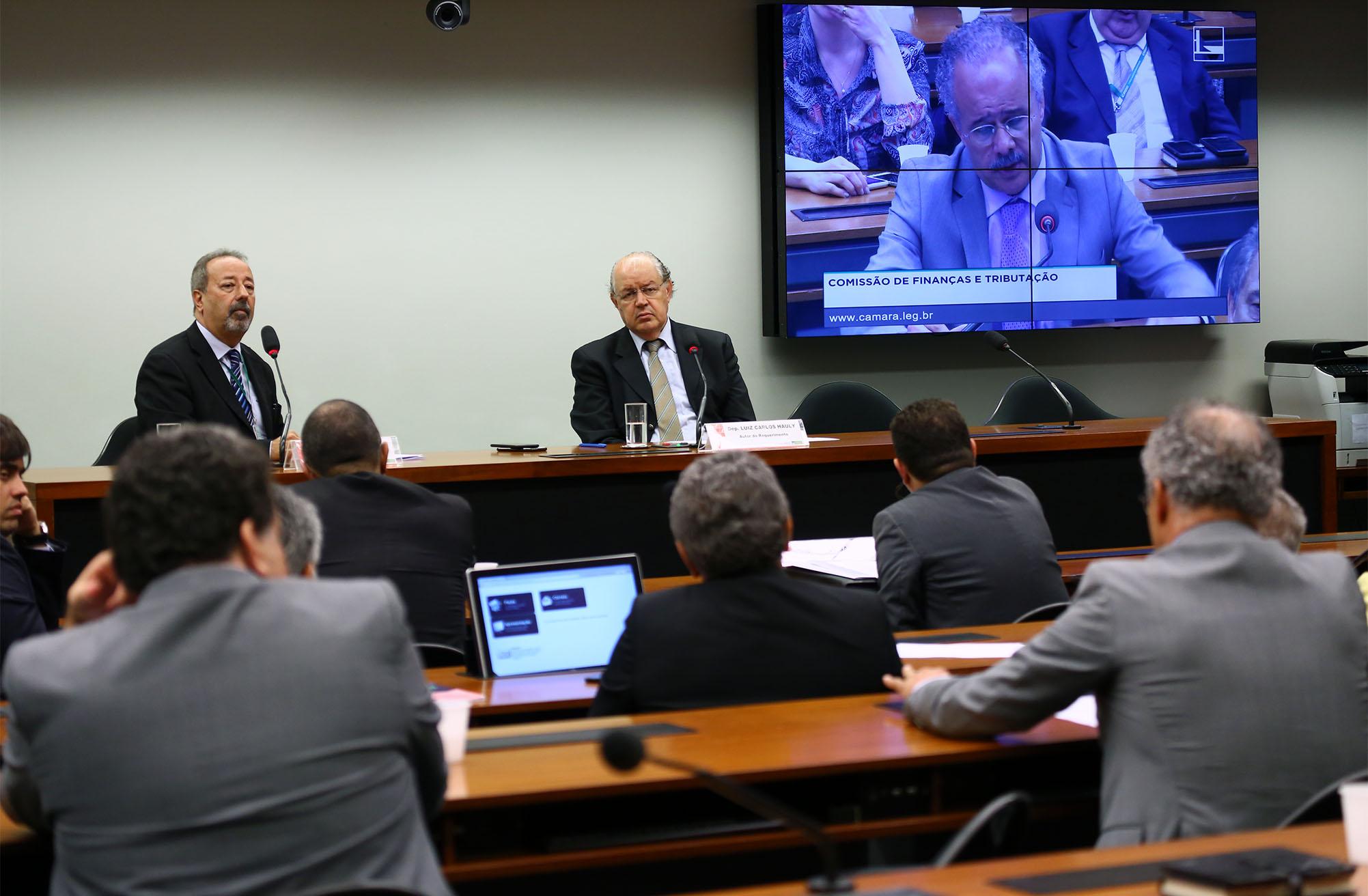 Audiência pública sobre a privatização da LOTEX