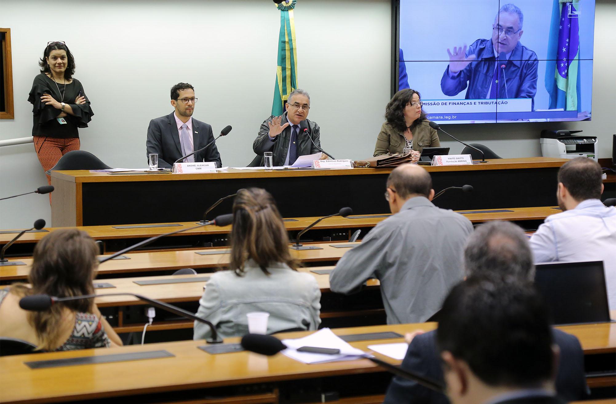 Audiência pública sobre o PL 7029/2013 - Alterações do FUNDEB