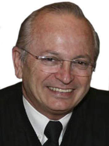 Foto do(a) deputado(a) DR. UBIALI