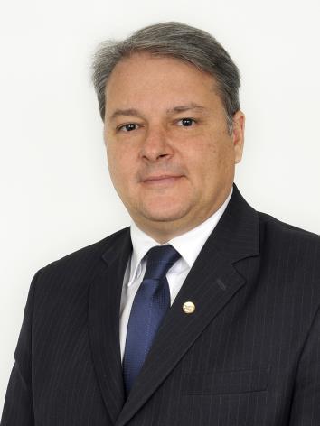 Foto do(a) deputado(a) ADÉRMIS MARINI