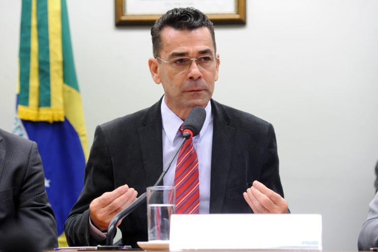 Audiência pública sobre o contrato de concessão pertencente a Via 040, do grupo INVEPAR. Dep. Padre João (PT-MG)