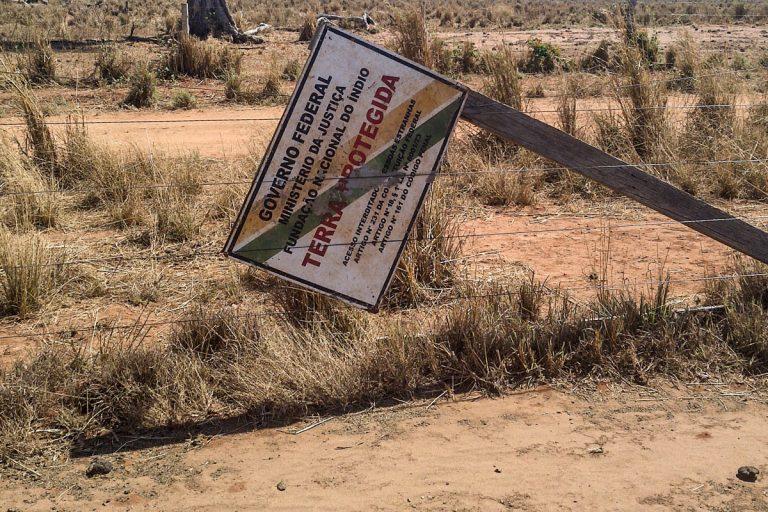 Direitos Humanos - índio - terras indígenas Ibama área proteção conflitos agrários questão agrária