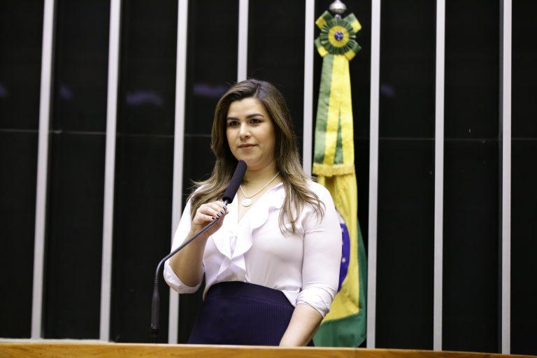 Deputados L - O - Marina Santos