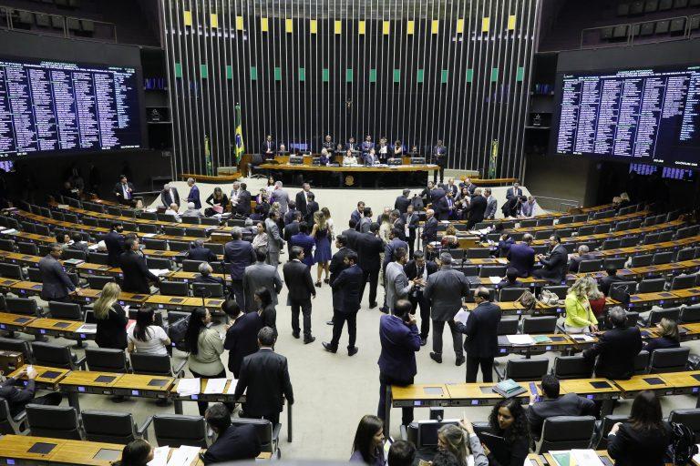 Câmara aprova projeto que exige de agressor ressarcimento ao SUS; texto vai a sanção