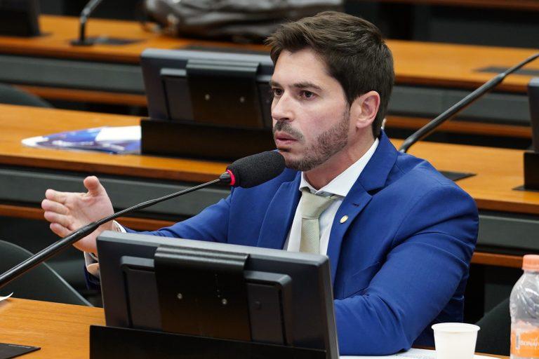Reunião ordinária para votação do parecer do relator, dep. Samuel Moreira (PSDB-SP). Dep. Júnior Bozzella (PSL - SP)