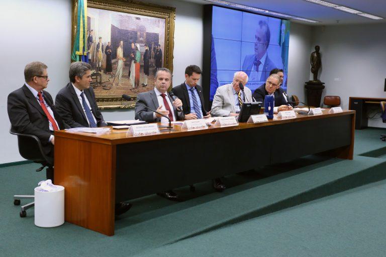 Rogério Marinho aponta risco de aumento da informalidade com fim da justa causa