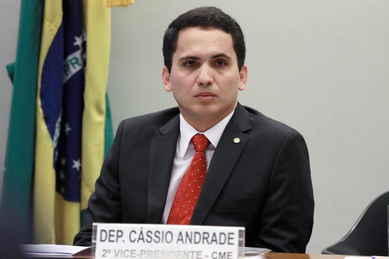 Reunião ordinária com o ministro de Minas e Energia, Bento Costa Lima Leite de Albuquerque, para debater o Plano de Governo, entre outros assuntos. Dep. Cássio Andrade (PSB - PA)