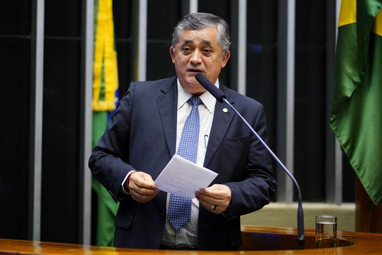 Sessão Solene em comemoração aos 31 anos de promulgação da Constituição Federal. Dep. José Guimarães (PT-CE)