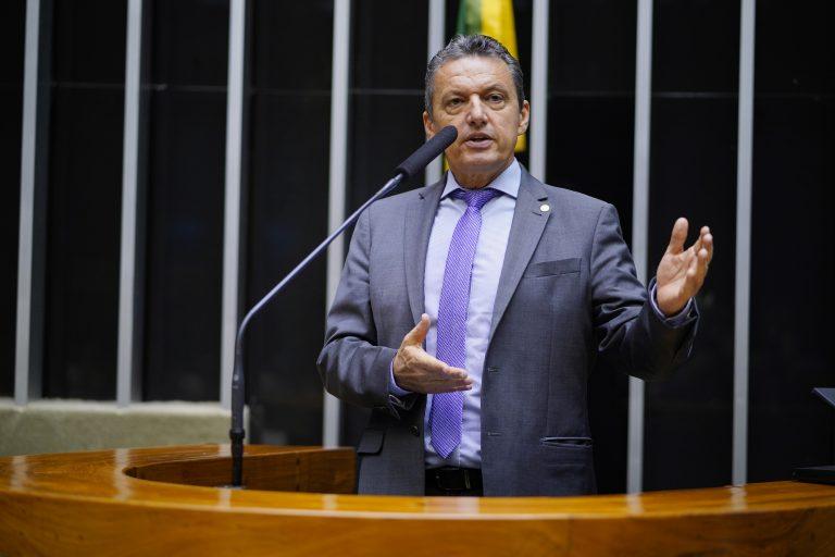 Homenagem e Premiação dos Servidores da Câmara dos Deputados. Dep. Charles Fernandes (PSD - BA)