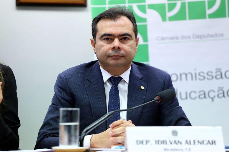 """Audiência Pública - Tema: """"Educação e Proteção dos Direitos da Criança e do Adolescente"""". Dep. Idilvan Alencar (PDT - CE)"""