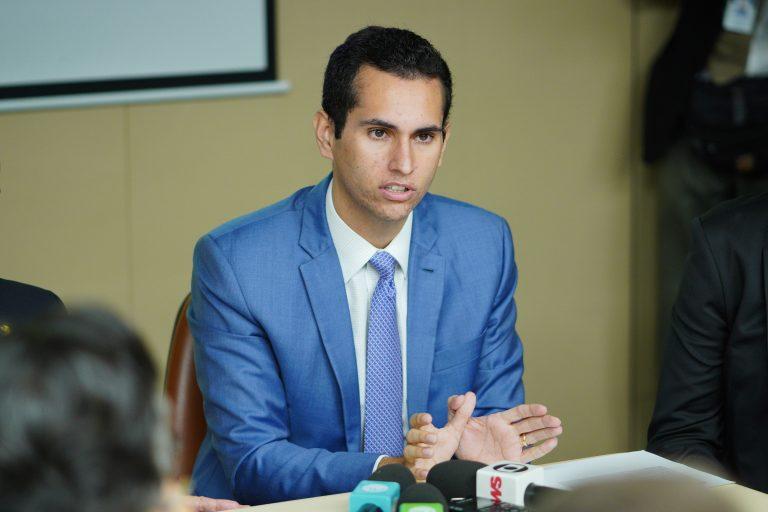 Coletiva com o relator do orçamento. Dep. Domingos Neto (PSD - CE)