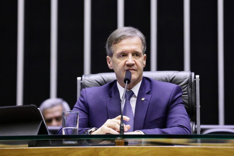 Sessão não deliberativa de debates. Dep. Aluisio Mendes (PODE-MA)