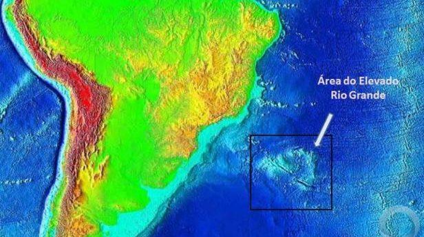 Continente submerso entre o Brasil e a África