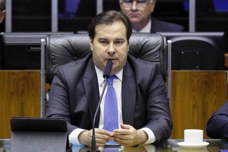 Ordem do dia para discussão e votação de diversos projetos. Presidente da Câmara, dep. Rodrigo Maia
