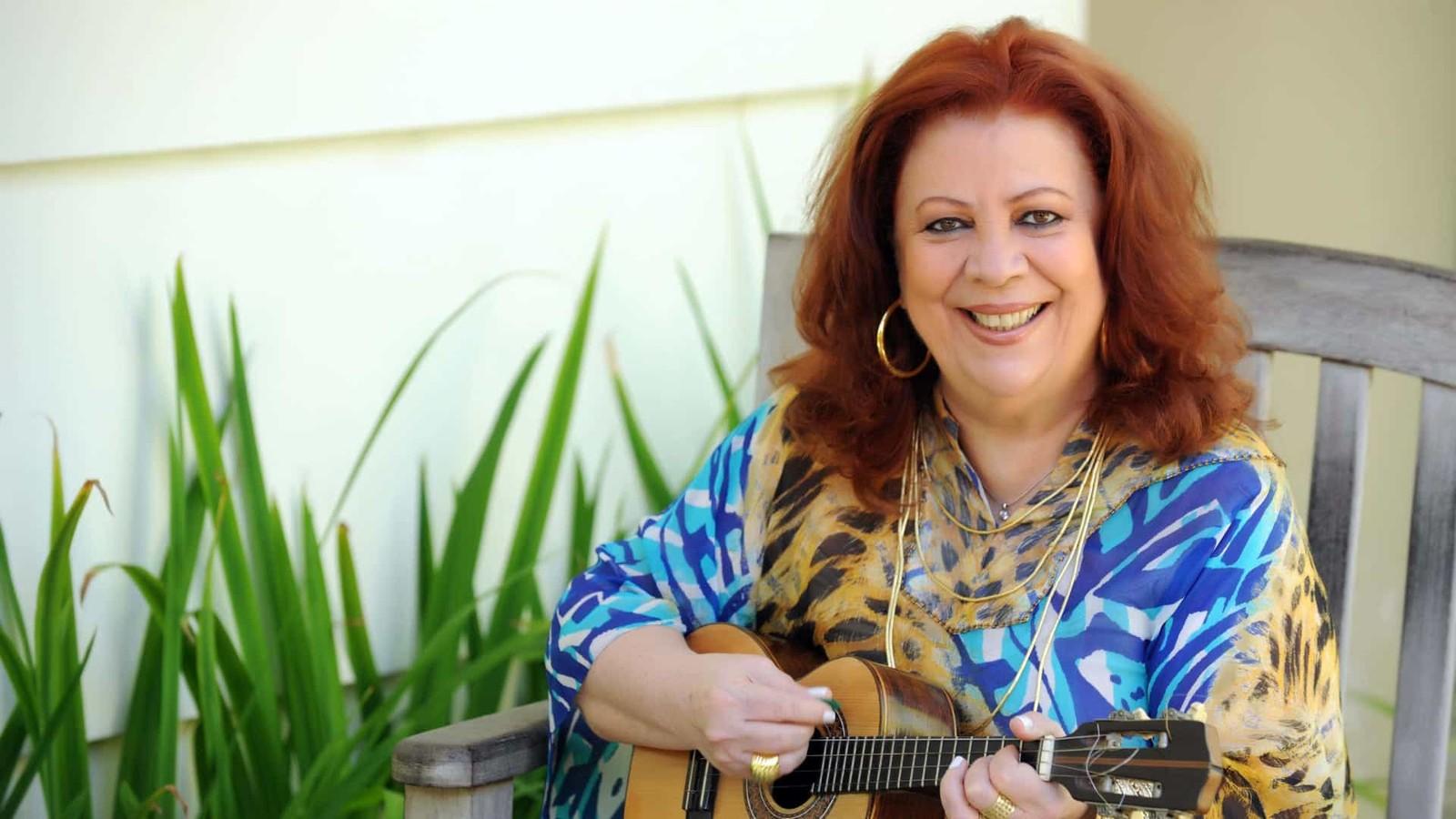 Beth Carvalho, a madrinha do samba - uma mulher da melhor qualidade