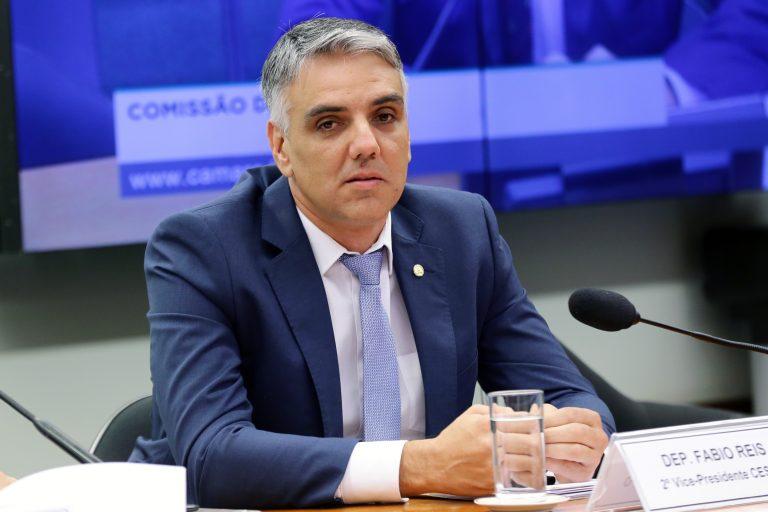Audiência pública para debater a situação dos alojamentos das categorias de base dos Centros de Treinamentos do país. Dep. Fabio Reis (MDB - SE)