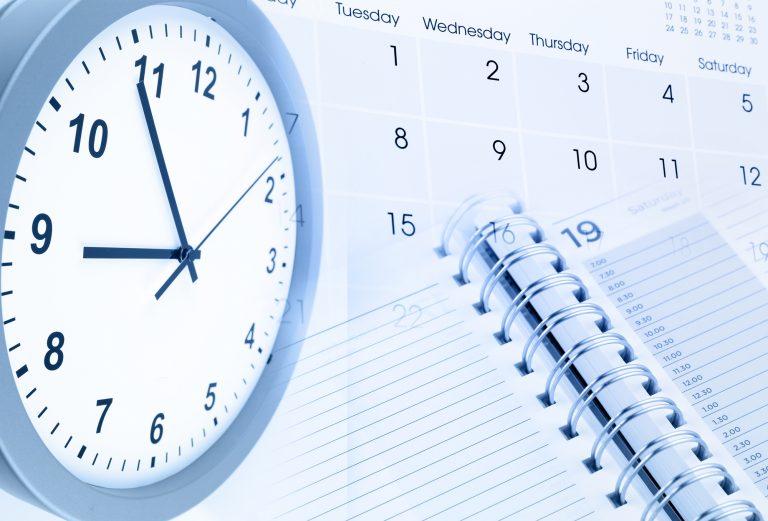 Trabalho - geral - calendário compromissos datas horários relógios estresse vida agitada
