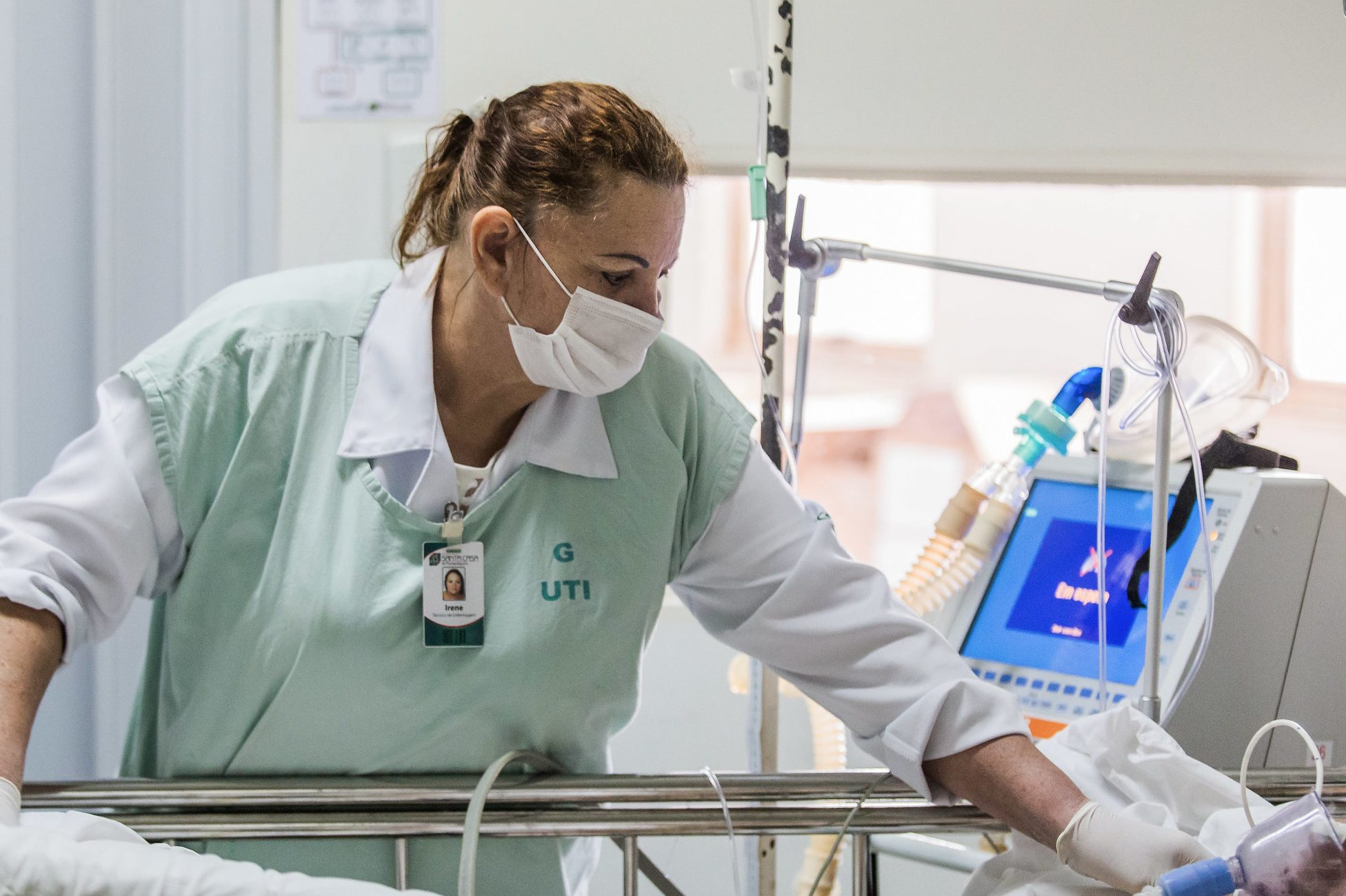 Saúde - hospitais - UTI pacientes doenças enfermagem internação enfermeiros