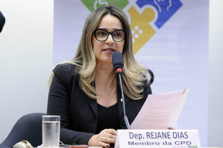 """Seminário - Tema: """"Descumprimento da obrigação legal de contratar pessoas com deficiência"""". Dep. Rejane Dias (PT - PI)"""