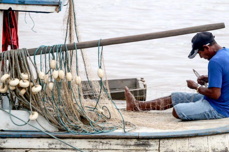 Trabalho - geral - trabalhador pescador artesanal pescadores