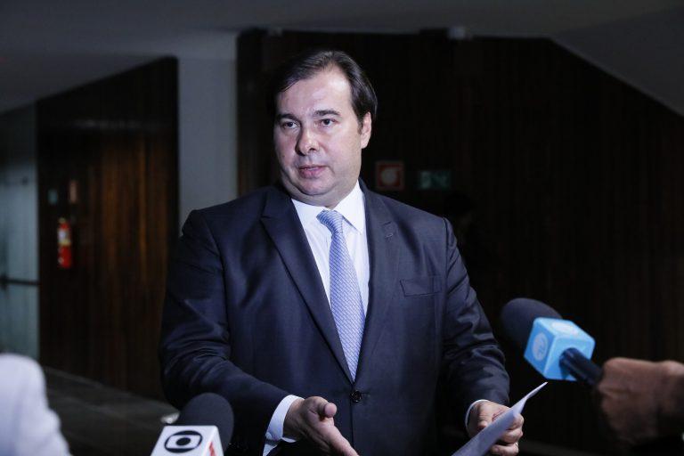 Presidente da Câmara dos Deputados, dep. Rodrigo Maia, concede entrevista fala sobre a aprovação do (PL 9236/17) que trata do auxílio emergencial aos mais pobres