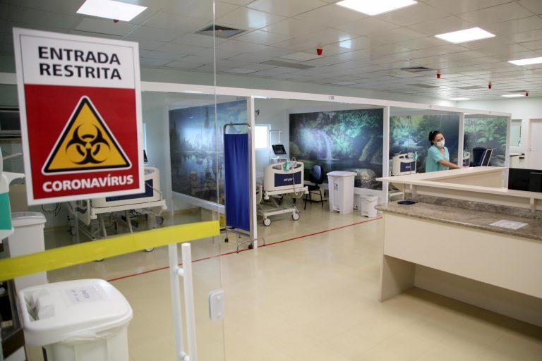 Saúde - doenças - coronavírus hospitais pandemia epidemia contágio (Centro Hospitalar de Reabilitação, hospital exclusivo para tratamento de pacientes com covid-19 em Curitiba-PR)