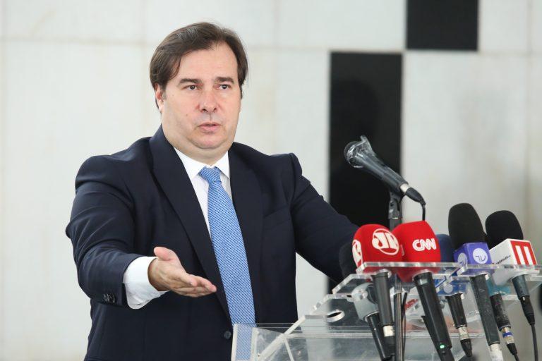 Presidente da Câmara dos Deputados, dep. Rodrigo Maia, concede entrevista coletiva sobre a crise causada pelo coronavírus.