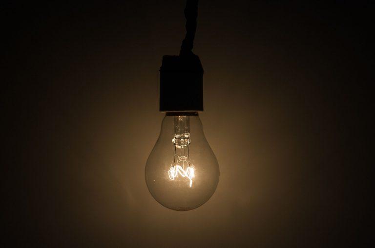 Energia - elétrica - luz lâmpada criatividade iluminação ideia