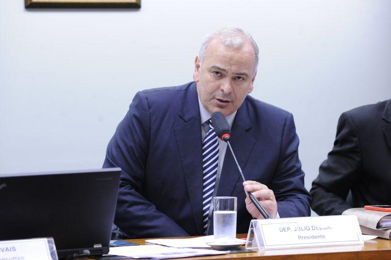 """Reunião Ordinária - Tema: Discussão e votação do """"Relatório Final da CPI"""". Dep. Júlio Delgado (PSB-MG)"""