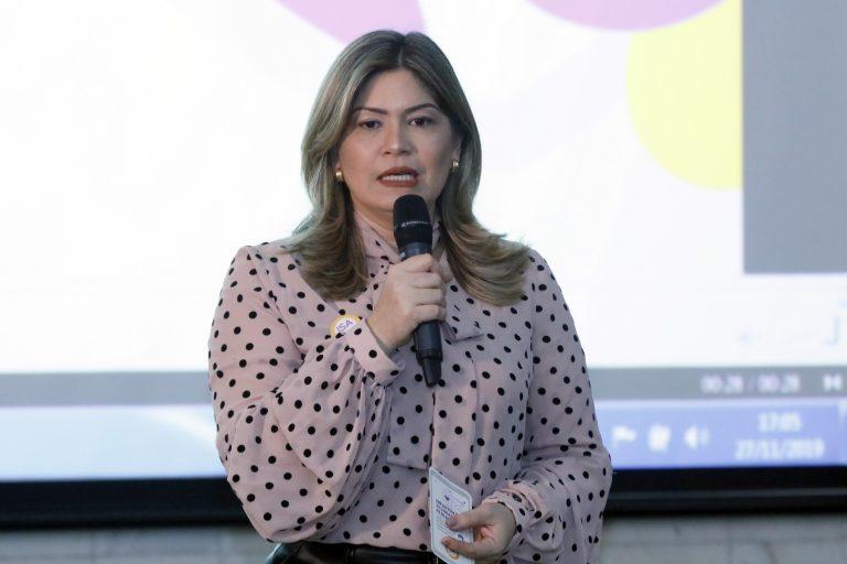 ISA.bot - uma ferramenta on-line que traz conteúdos sobre segurança para ajudar mulheres que estejam vivendo situações de violência, além de informações para conscientização sobre a violência de gênero na internet. Dep. Aline Gurgel
