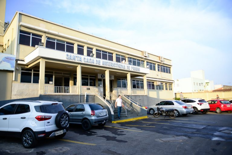 Saúde - hospitais - Santa Casa de Misericórdia de Pumhi-MG