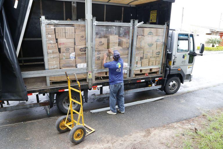 Transporte - caminhões - logística distribuição mercadorias frota