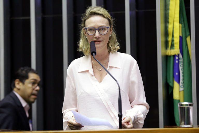 Sessão Solene em Homenagem ao Dia da Conquista do Voto Feminino. Dep. Maria do Rosário (PT - RS)